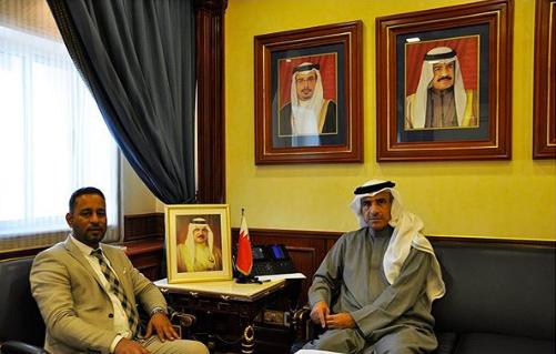 وزير الإسكان يستقبل النائب محمود البحراني
