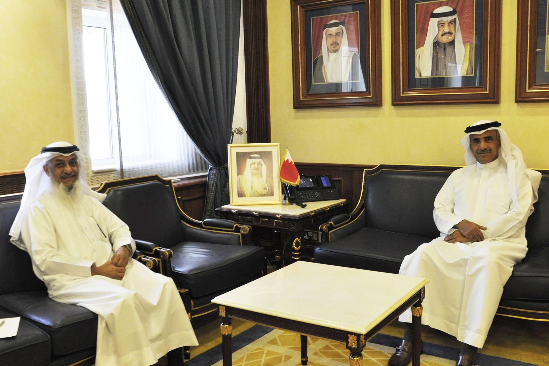 وزير الإسكان يستقبل النائب  عبدالرزاق حطاب